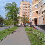 Красивая, чистая улица в Москве