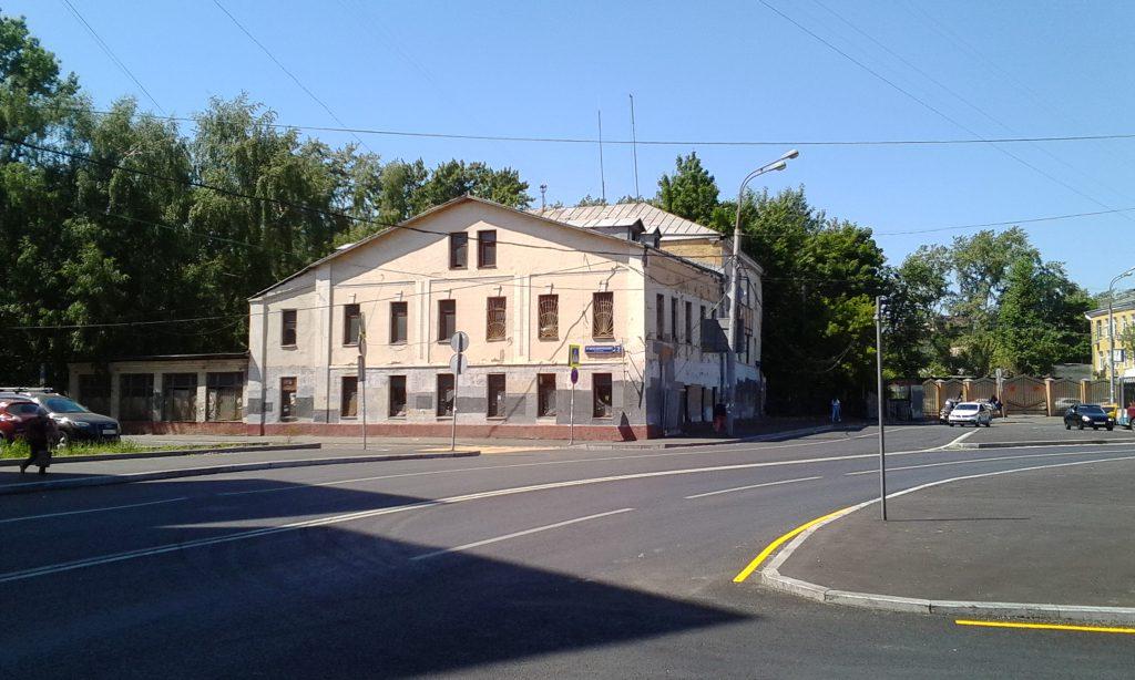 Москва. Старый дом.